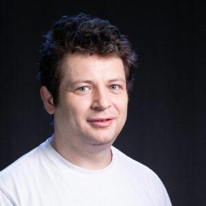 Voicu-Hetel-portret-actor-e-theatrum